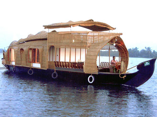 Kerala a paradise on this planet Niceartlife Magazine - Exotic Houseboat Designs